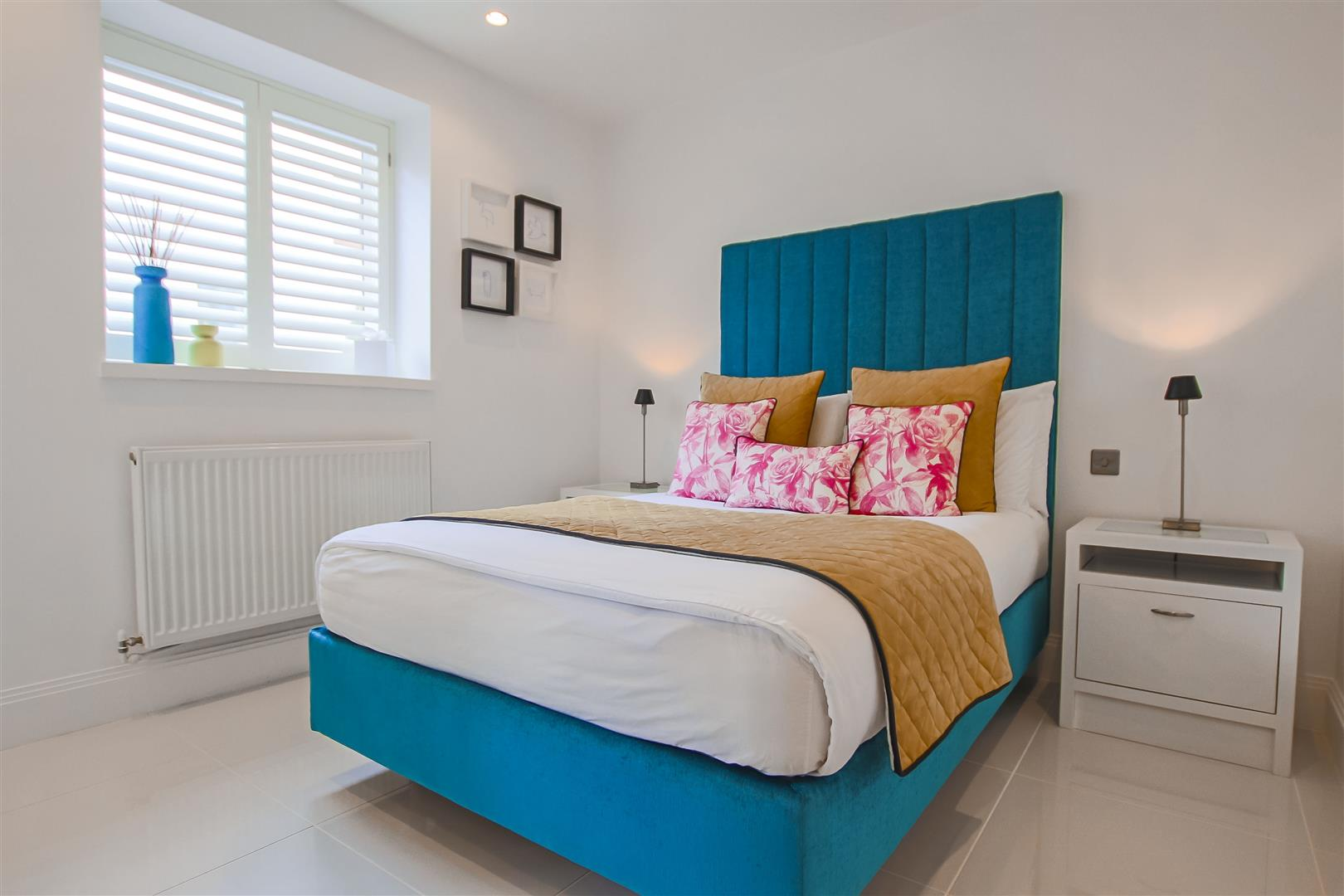 2 Bedroom Apartment For Sale - Image 6